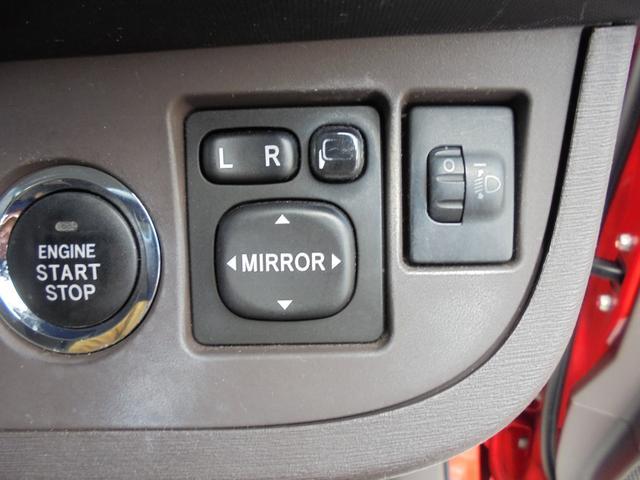 トヨタ iQ 100G ワンオーナー スマートキー 禁煙車 純正CD