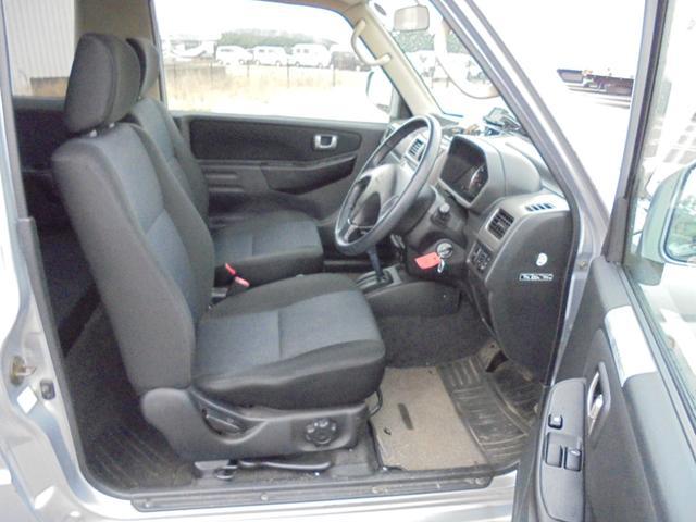 アクティブフィールドエディション 4WD ターボ HDDナビ(17枚目)