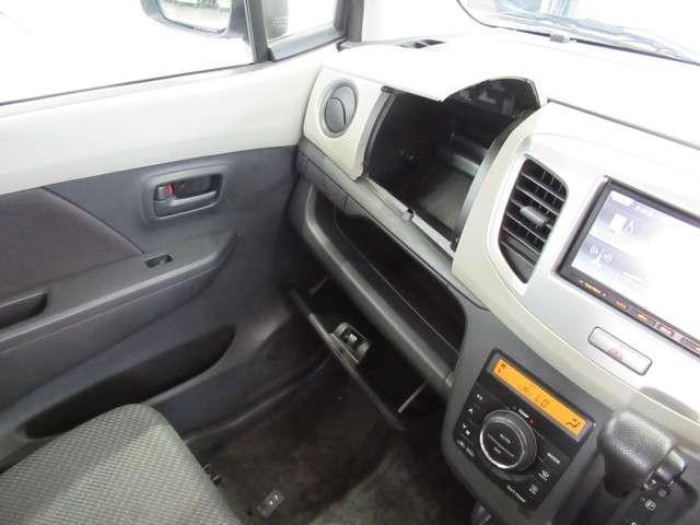 FX シートヒータ アイスト AAC キーレス CD 盗難防止システム 衝突安全ボディ ABS デュアルエアバック パワステ ベンチシート(16枚目)