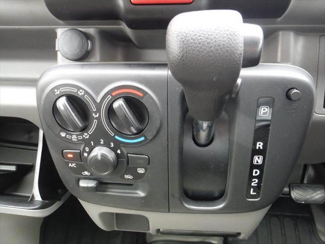 PC 4WD4AT禁煙車キーレスプライバシーガラスABS(12枚目)