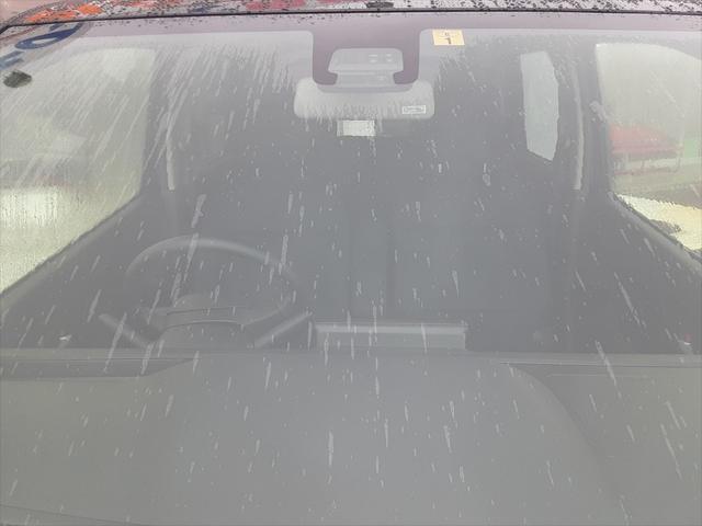 ハイブリッドFZ スズキセーフティサポート デュアルセンサーブレーキ 誤発進抑制機能 車線逸脱警報 パーキングセンサー ハイビームアシスト LEDヘッドライト シートヒーター アイドリングストップ スマートキー2個(9枚目)