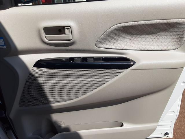 G ワンオーナー 4WD 純正CDオーディオ パワースライドドア 社外14AW スマートキー プッシュスタート(28枚目)