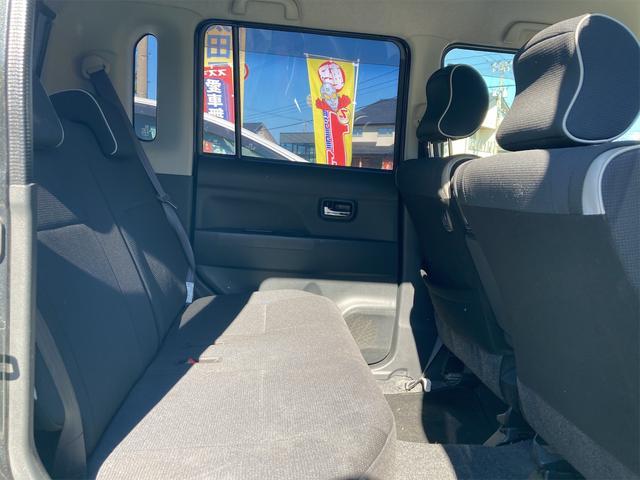 カスタム X 4WD ナビ HID CD スマートキー 電動格納ミラー 記録簿 ベンチシート 盗難防止システム 衝突安全ボディ ABS エアコン パワーステアリング パワーウィンドウ(11枚目)