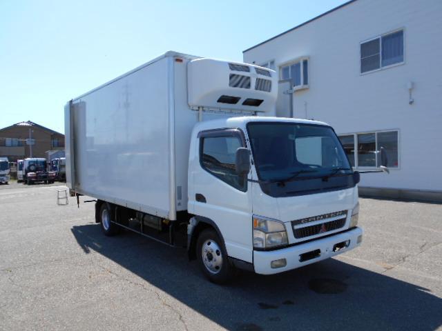 ワイド超ロング 冷蔵冷凍車 東プレ製 KS32型 2トン(10枚目)