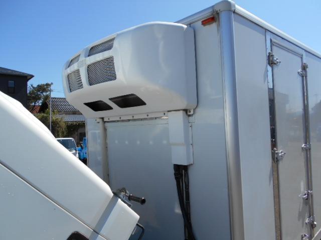 ワイド超ロング 冷蔵冷凍車 東プレ製 KS32型 2トン(14枚目)