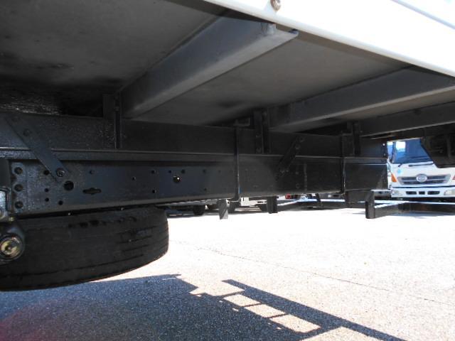 ワイド超ロング 冷蔵冷凍車 東プレ製 KS32型 2トン(19枚目)