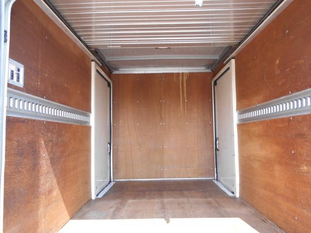 アルミバン1.5トン全低床  両サイドドア ラッシングレール(9枚目)