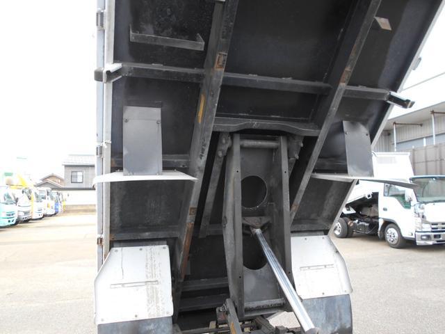 低床ダンプ 2トン 強化三方開(14枚目)