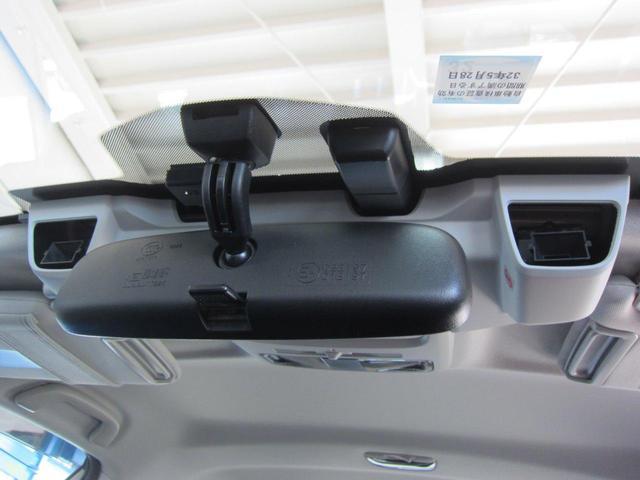 F側両側パワーシート&シートヒーター付。