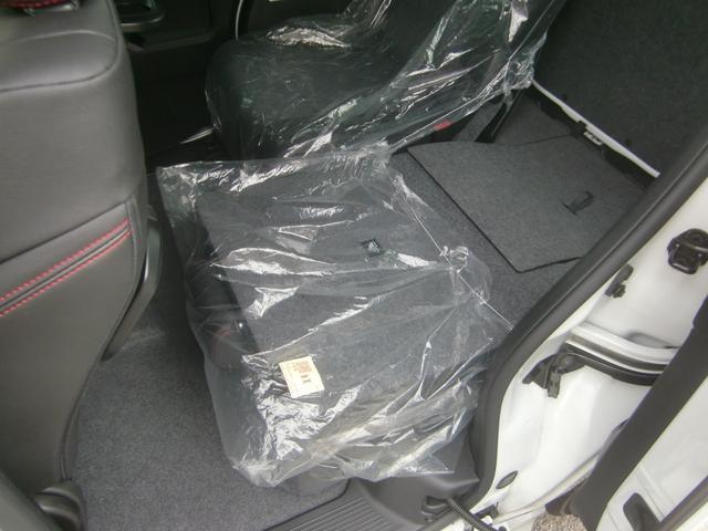 ハイブリッドXSターボ 4WD 純正8型ナビ地デジ 両側電動(15枚目)