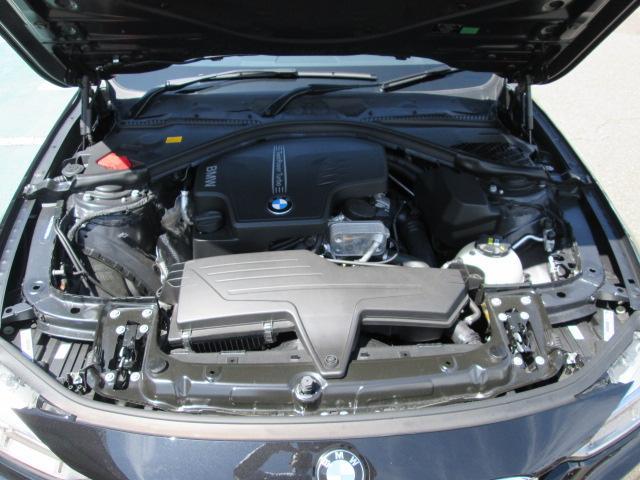 BMW BMW 320i Mスポーツ ACC