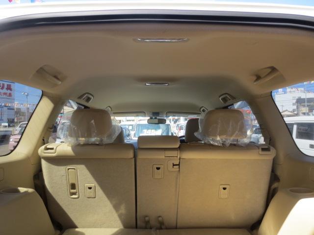 TX Lパッケージ 7人乗り 4WD 本革シート 純正アルミホイル SDナビ・フルセグTV ETC(12枚目)
