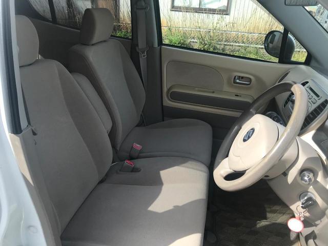 G 4WD 純正CDデッキ シートヒーター(9枚目)
