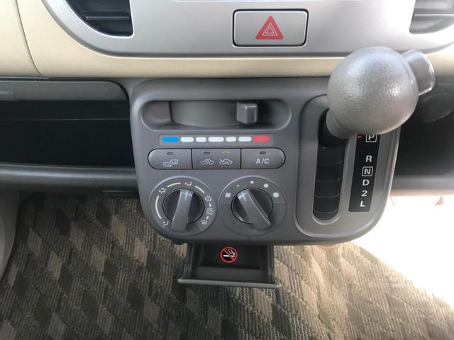 G 4WD 純正CDデッキ シートヒーター(17枚目)