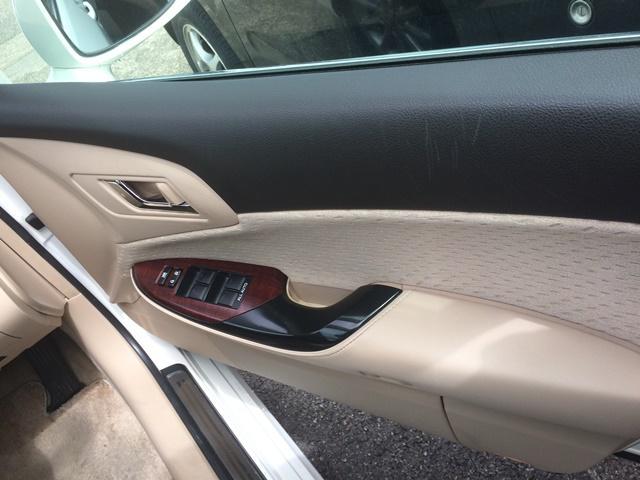 トヨタ クラウン ロイヤルサルーン ナビパッケージ