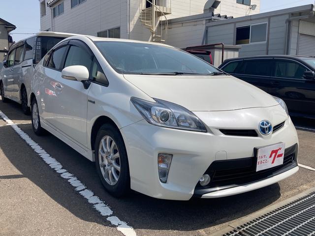 「トヨタ」「プリウス」「セダン」「石川県」の中古車3