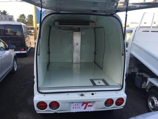 冷凍冷蔵車(19枚目)