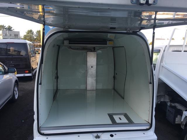 冷凍冷蔵車(20枚目)