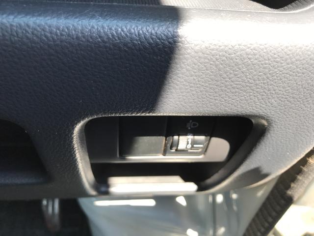 リフトダンプ4WD 5速マニュアル車(16枚目)