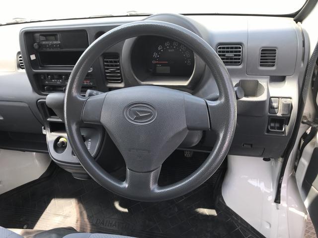 デッキバン 4WD エアコン パワステ Wエアバッグ(5枚目)