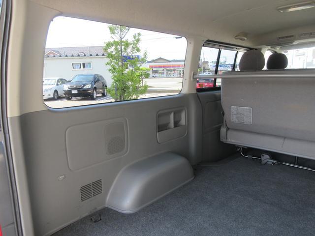 トヨタ ハイエースバン ロングスーパーGL 4WD 3.0L ナビフルセグTV付き
