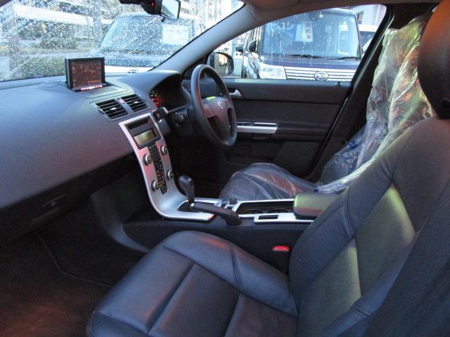 ボルボ ボルボ S40 2.0eアクティブプラス ナビバックカメラ 本革シート