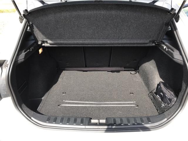 xDrive 20i カロッツェリアHDDナビ フルセグTV Bluetooth対応 バックカメラ プッシュスタート ETC キセノン 純正18インチAW(14枚目)