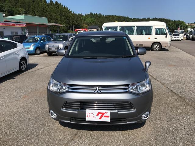 「三菱」「アウトランダーPHEV」「SUV・クロカン」「石川県」の中古車2