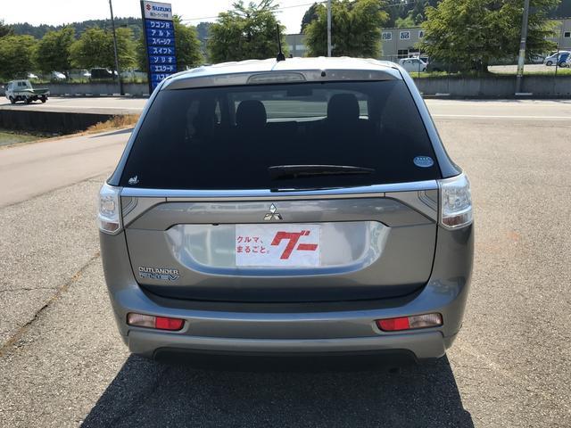 「三菱」「アウトランダーPHEV」「SUV・クロカン」「石川県」の中古車29