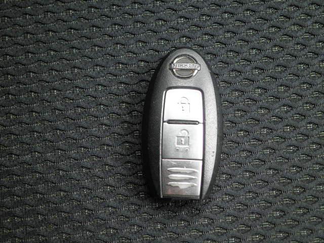 日産 ノート ライダー Vパッケージ インテリキー 社外16AWタイヤ新品