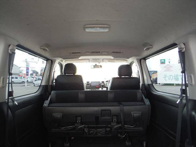 スーパーGLダークプライム4WD軽油Wパワスラ純正SDナビ(11枚目)
