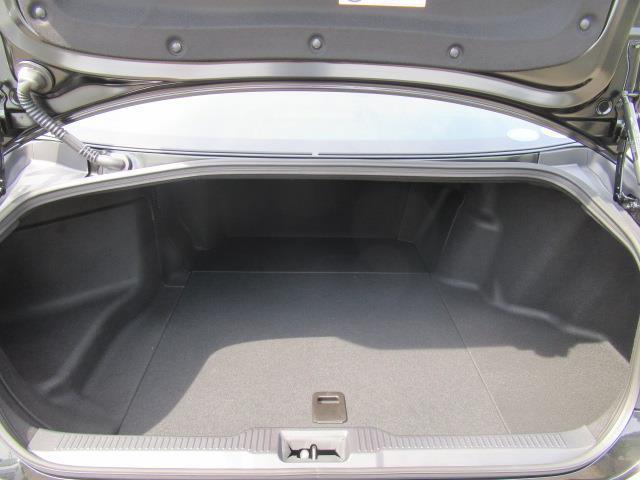 G Four 革シート 4WD フルセグ メモリーナビ DVD再生 ミュージックプレイヤー接続可 バックカメラ 衝突被害軽減システム ETC LEDヘッドランプ(6枚目)