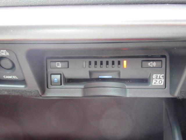 G Four 革シート 4WD フルセグ メモリーナビ DVD再生 ミュージックプレイヤー接続可 バックカメラ 衝突被害軽減システム ETC LEDヘッドランプ(13枚目)