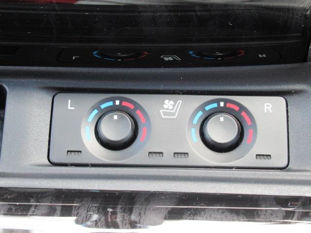 2.5S Cパッケージ サンルーフ ミュージックプレイヤー接続可 バックカメラ 衝突被害軽減システム 両側電動スライド LEDヘッドランプ 乗車定員7人(15枚目)