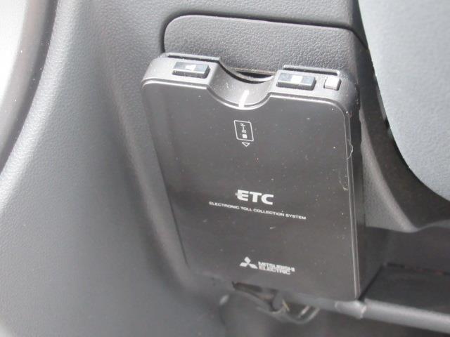 DX 4WD ワンセグ メモリーナビ ミュージックプレイヤー接続可 バックカメラ ETC 記録簿(14枚目)