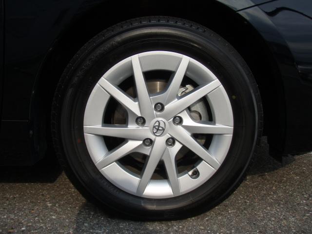 トヨタ プリウスアルファ S