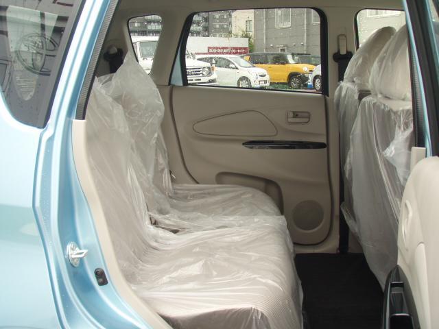 J 安全装備 登録済未使用車 キーレス ベンチシート(5枚目)