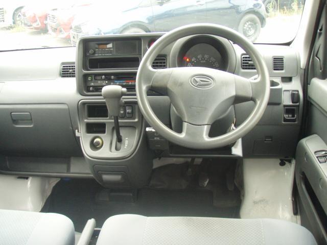 DX 4WD 4AT(8枚目)