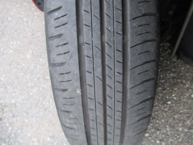 14インチののタイヤのタイヤを履いています♪