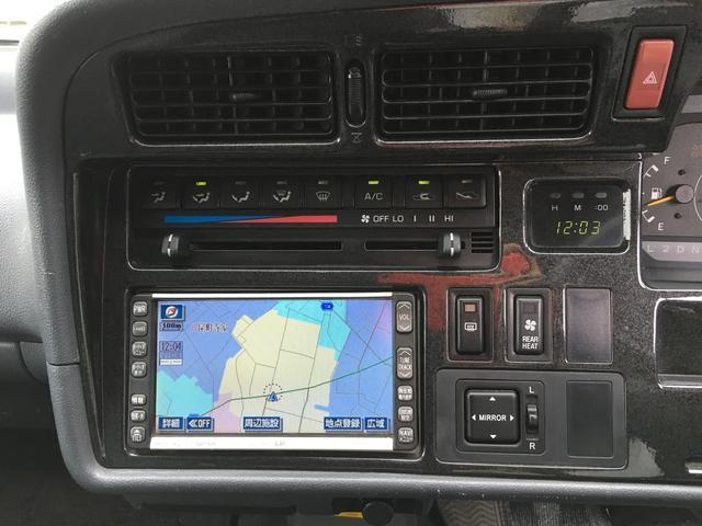 トヨタ ハイエースバン ロングスーパーGL ディーゼル 4WD サンルーフ 8人乗り