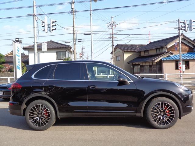「ポルシェ」「ポルシェ カイエン」「SUV・クロカン」「富山県」の中古車4