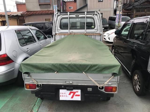 TB 4WD 5速マニュアル車 ホロ付運手席のみエアバッグ付(16枚目)