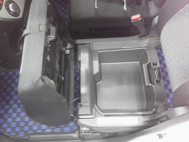 ダイハツ ウェイク X SA 片側パワースライドドア 16インチアルミ仕様