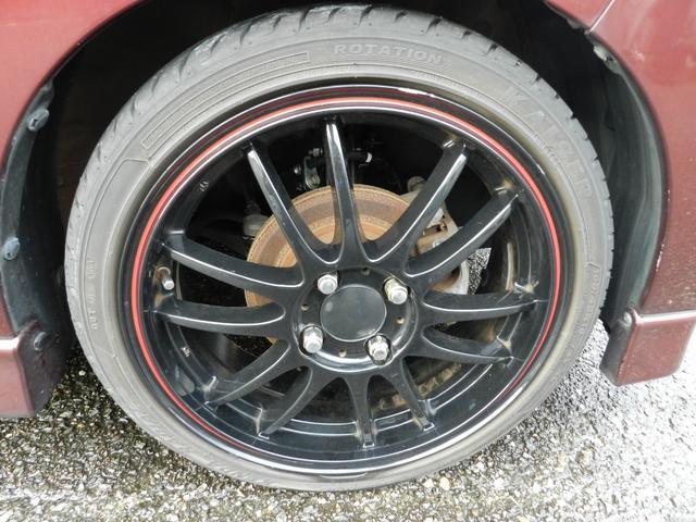 アルミホイールをはいています。タイヤについては、ご相談ください。