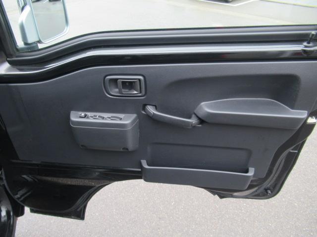 運転席ドアの内側