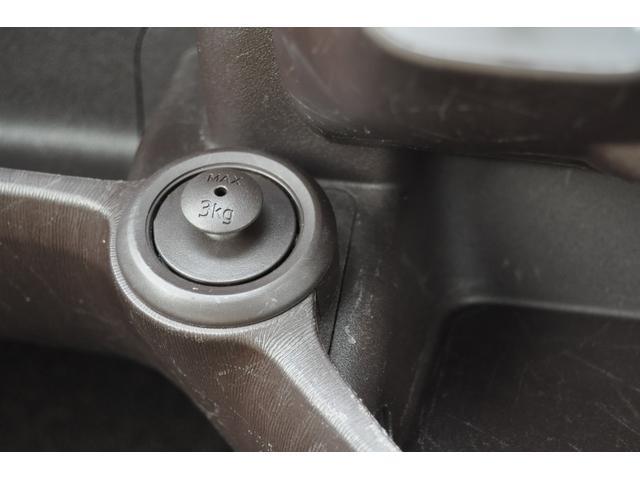 プラスハナ Cパッケージ キーレス 衝突安全ボディ CD USB入力端子 ABS デュアルエアバック ベンチシート パワステ エアコン パワーウィンドウ(19枚目)