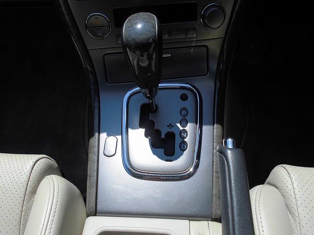 スバル レガシィツーリングワゴン 3.0R レザーシート 純正ナビ ETC