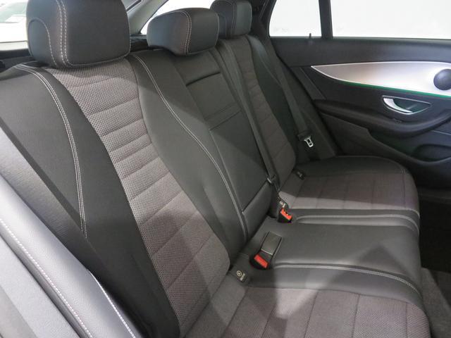 メルセデス・ベンツ M・ベンツ E200 ステーションワゴン アバンギャルド 自動駐車機能