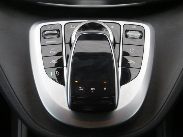 メルセデス・ベンツ M・ベンツ V220d スポーツ RHD 7人乗り レーダーセーフティ