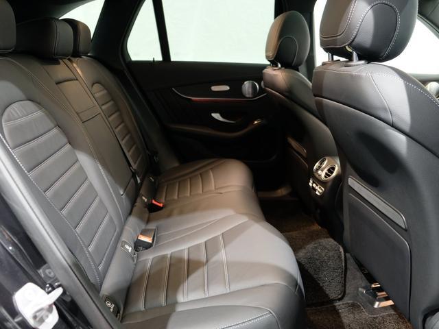 GLC220d 4マチック AMGライン パノラミックスライディングルーフ エクスクルーシブPKG 純正20インチAW ワンオーナー車(9枚目)